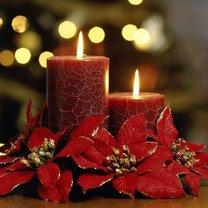 Świece z motywem świątecznym