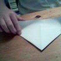 Instrukcja robienia łódki z papieru