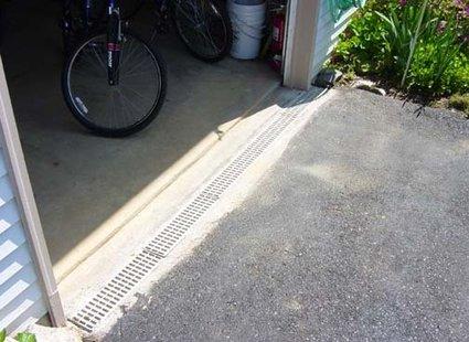 Odwodnienie przy garażu