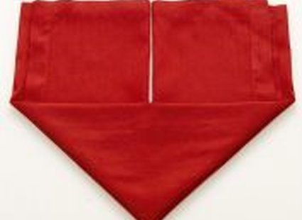 Składanie serwetki na kształt serca