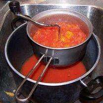 Robienie ketchupu