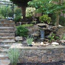wodospad w ogrodzie