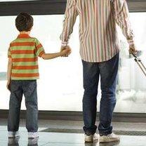 Jak przetrwać podróż samolotem z dzieckiem?