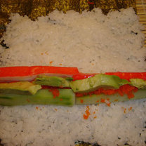 robienie sushi 4