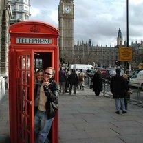 rozmowa przez telefon po angielsku