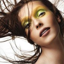 zielony cień do oczu