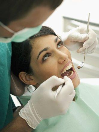 unikanie powikłań po wyrwaniu zęba