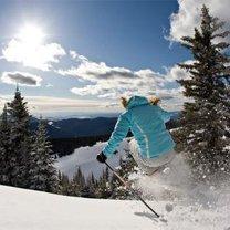 jazda na nartach po puchu