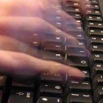 szybkie pisanie na klawiaturze