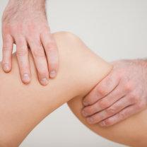 leczenie wody w kolanie