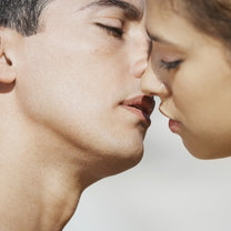 nauka całowania - krok 2