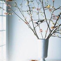 dekoracja wielkanocna z ptaszkami z bibuły