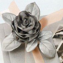 róża ze wstążki