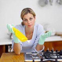 tradycyjne sprzątanie kuchni