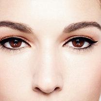 makijaż brązowych oczu - krok 2