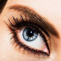 makijaz niebieskich oczu