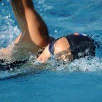 szybkie pływanie