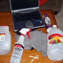 czysczenie ekranu laptopa