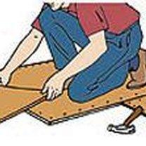 kładzenie płytek podłogowych - krok 1.