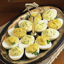 jajka z żółtym serem