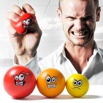 Wyładowanie złości na piłeczkach