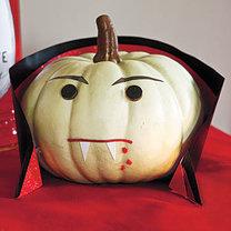 halloweenowa dynia - wampir
