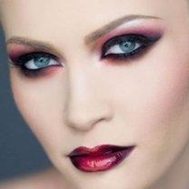 makijaż wampirzycy
