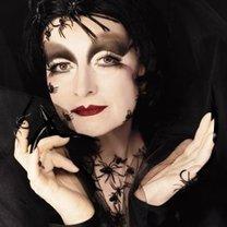 makijaż Czarnej Wdowy