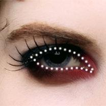 makijaż wampira - krok 2.