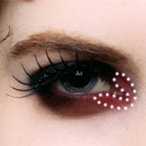 makijaż wampira - krok 5.