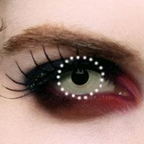 makijaż wampira - krok 7.