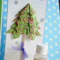 Kartka bożonarodzeniowa z choinką origami