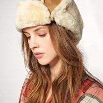 modna czapka na zimę 2010/2011