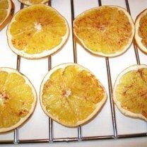 Suszenie plastrów pomarańczy