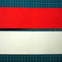 Dwie kartki - biała i czerwona