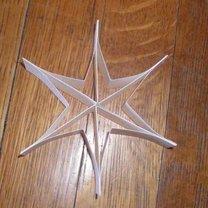 Robienie gwiazdki z papieru 9