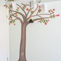 ręcznie malowane drzewo