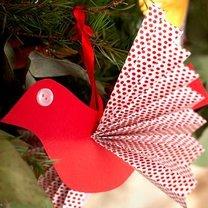 Ptaszek z papieru na choinkę