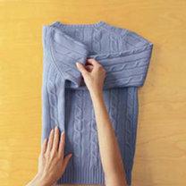 składanie swetra - krok 2.