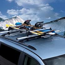 Snowboard na dachu