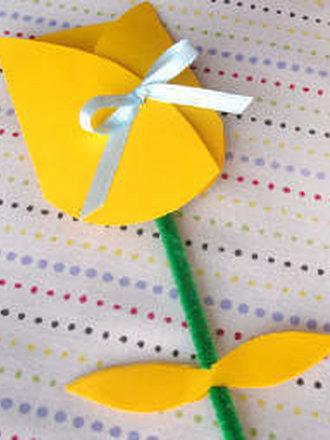 Jak Zrobić Kartkę W Kształcie Tulipana Porada Tipypl
