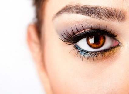 Jak Zrobić Makijaż Piwnych Oczu Porada Tipypl