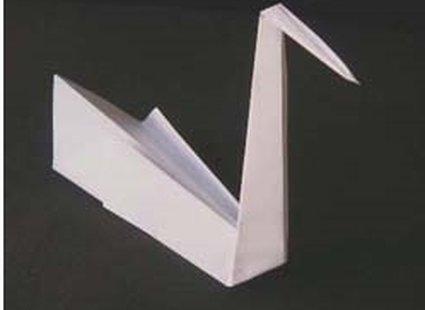 łabędź origami - krok 5.