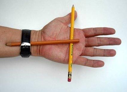 sztuczka z ołówkiem - etap 1.