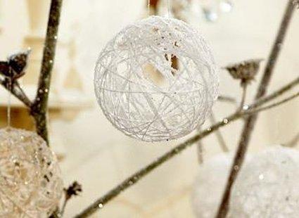 Dekoracja bożonarodzeniowa - bombki z muliny