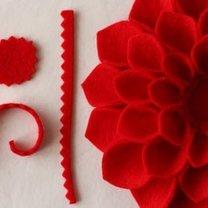 filc na środek kwiatka