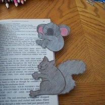 zakładka do książki z papieru