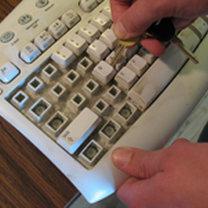 Wyciąganie klawiszy z klawiatury