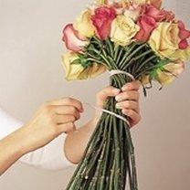 Robienie bukietu z róż 2