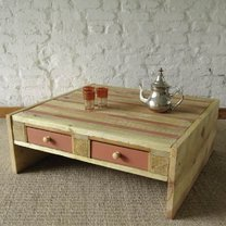 Stolik z palety drewnianej